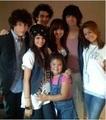Demi, Selena, JoBros, Dallas, Maddie