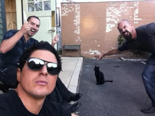 Zak Bagans wallpaper containing sunglasses called GAC