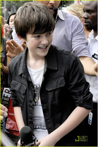 Greyson Chance: Silly String King!