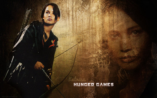 Katniss Everdeen wallpaper with a fountain and a concert entitled Katniss Everdeen
