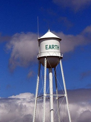 Keep Earth Green wallpaper with a water tower entitled Keep Earth Green