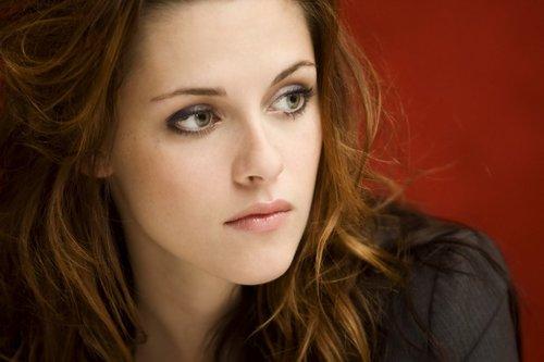 Kristen Stewart :)