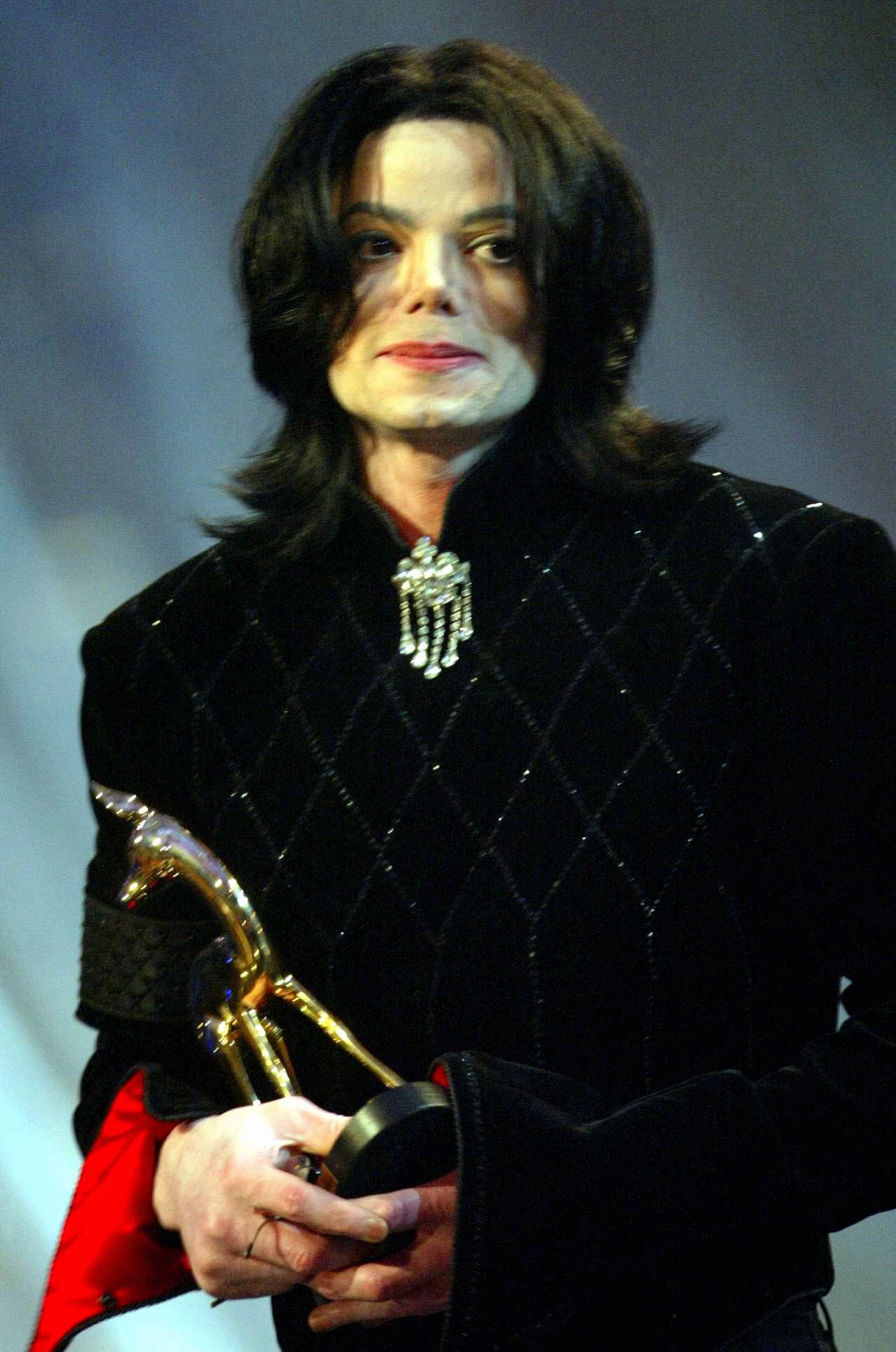 Michael (HQ)