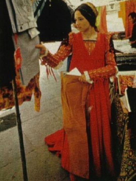 Olivia Hussey Picha Juliet Montague 1968 Picha 25091633 Fanpop