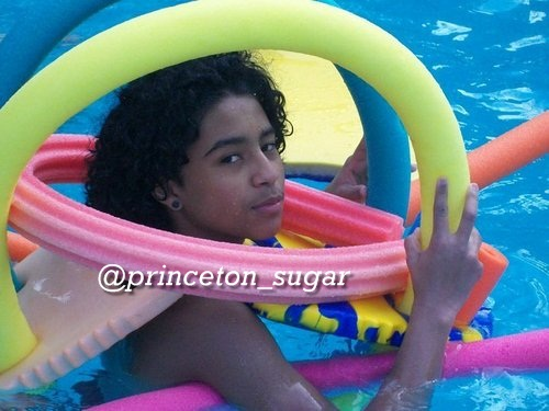 Princeton in the pool - princeton-mindless-behavior Photo
