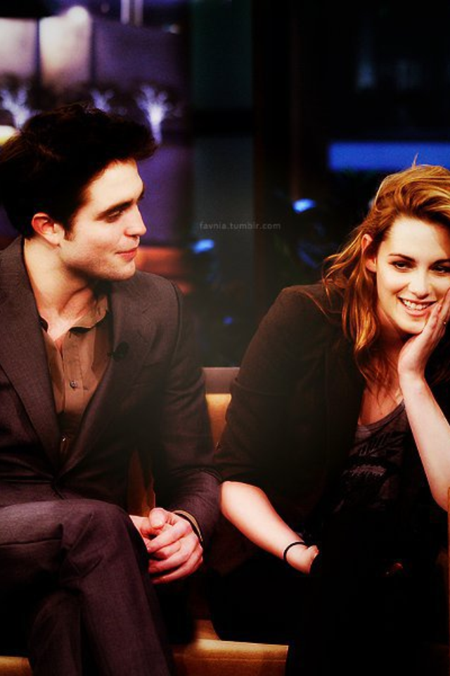 rob pattinson and kristen stewart dating 2011