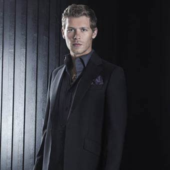 The Vampire Diaries wallpaper with a business suit and a suit titled Season 3 Klaus