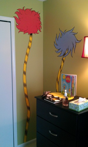 ডঃ সেউস দেওয়ালপত্র containing a living room and a family room entitled dr. seuss nursery mural