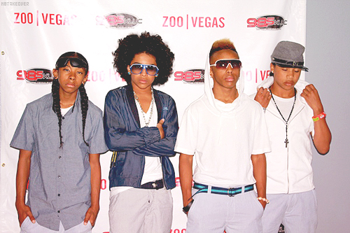 Mindless Behavior fond d'écran with sunglasses entitled mindless behavior