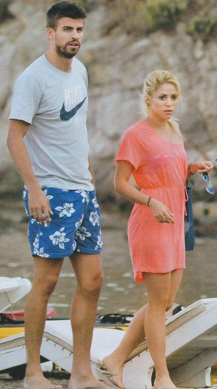 uncool Shakira... - Shakira and Gerard Piqué Photo ...