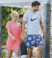 uncool Shakira... - shakira-and-gerard-pique photo
