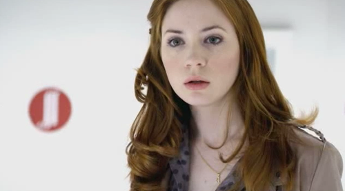 Amy Pond پیپر وال containing a portrait called 6x10 'The Girl Who Waited' promo pics