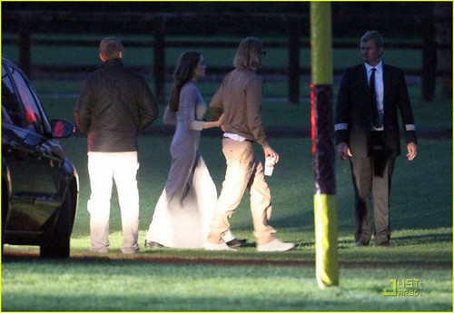 Angelina Jolie & Brad Pitt Reunite in Richmond