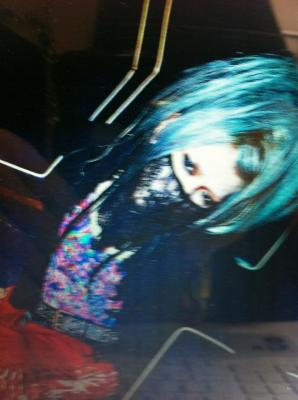 Aoi with Blue hair!