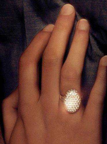 Bella's ring