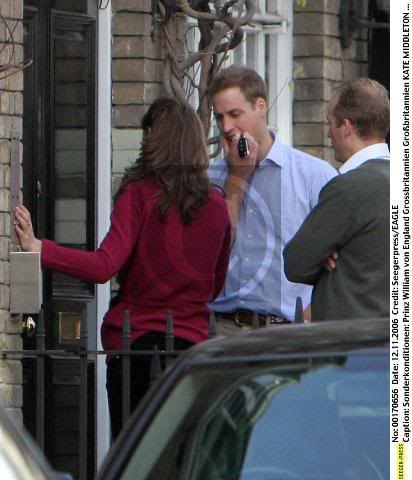 Dcember-2006-prince-william-and-kate-middleton-25183395-412-480.jpg