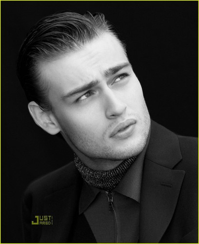 Douglas Booth Talks Miley Cyrus Dating Rumors