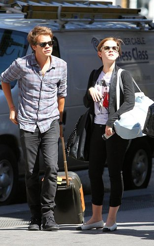 Emma Watson and Johnny Simmons out to eat in Manhattan (September 9).
