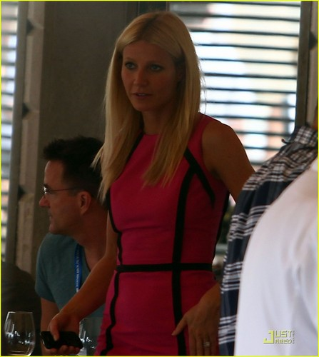 Gwyneth Paltrow: rosa Lady in Venice!