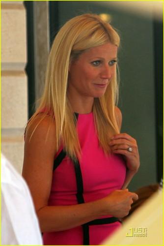 Gwyneth Paltrow: ピンク Lady in Venice!
