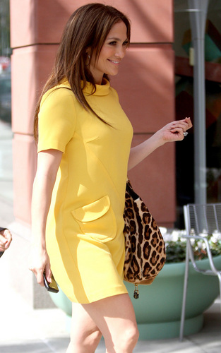 JLo In Bev Hills, Mar 5, 2010