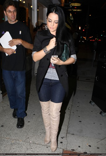 JoJo Leaving Hyde Nightclub in Los Angeles