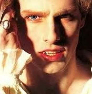 Lestat-vampires-25171553-349-357