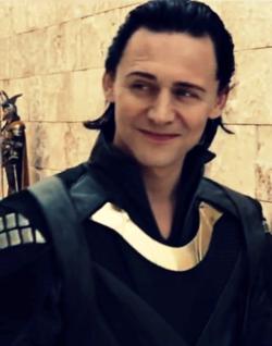 Loki-loki-thor-2011-25174780-250-318.png
