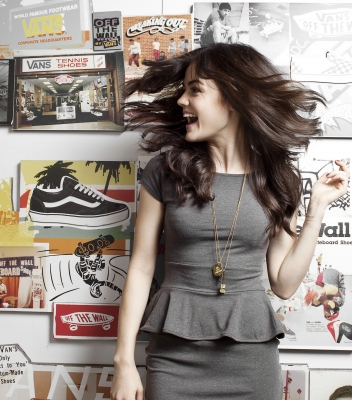 Lucy <33 - lucy-hale Photo