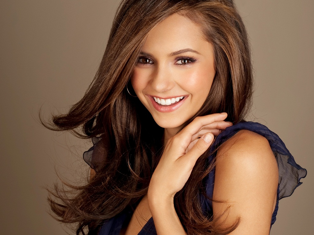 Nina Dobrev - Wallpaper