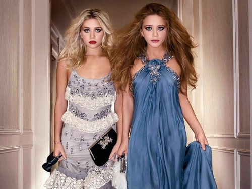 Mary-Kate & Ashley Olsen wallpaper possibly containing a makan malam dress called Olsen wallpaper ღ