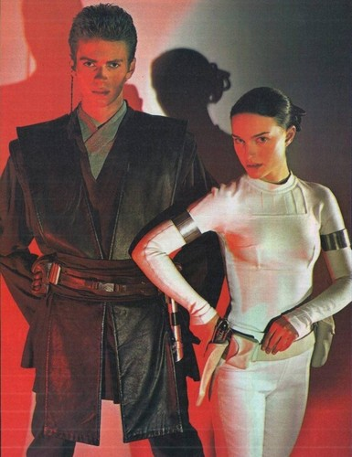 Anakin and Padme 壁纸 probably containing a 战袍, tabard and an outerwear called Padme and Anakin