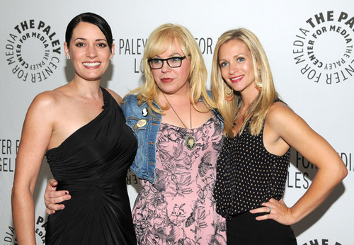 Paget Brewster پیپر وال probably with a کاک, کاکٹیل dress, a رات کے کھانے, شام کا کھانا dress, and a strapless titled PaleyFest Fall TV منظر پیش Parties 2011 [September 6, 2011]