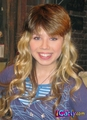 Sam with Nevel hair - samantha-puckett photo