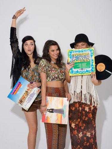 Samara Weaving; Demi Harman; Rhiannon 鱼