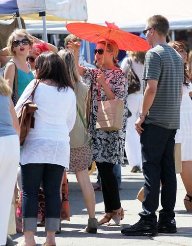 Sept 4th- Dianna at California's Fairfax Flea Market