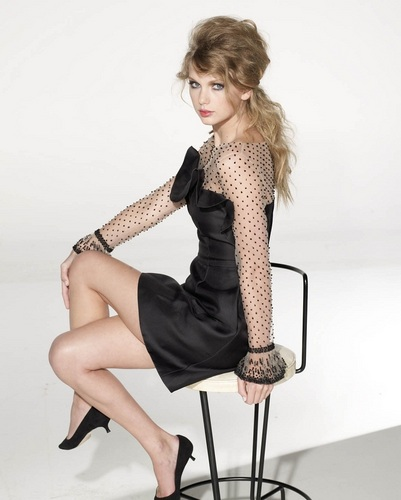 Taylor pantas, pantas, swift kertas dinding with bare legs, hosiery, and a hip boot titled Taylor - Photoshoot 2010