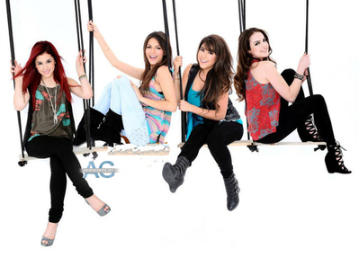 Victorious wallpaper titled Victorious Promoshoot 2011