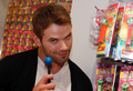 kellan lutz 2011 - twilight-series photo