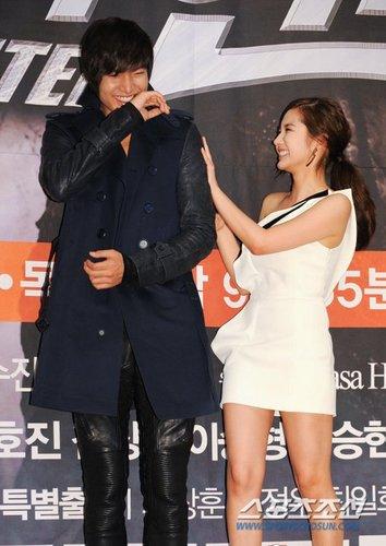 lee min ho and park min young at city hunter press conference