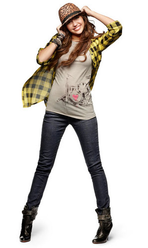 Miley, Demi, and Selena fond d'écran containing bellbottom trousers, a legging, and long trousers titled miley