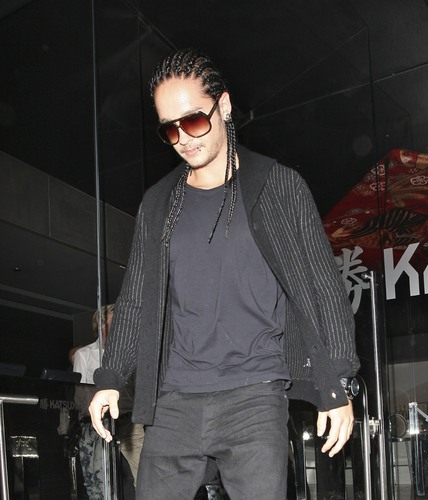 Tom & Bill Kaulitz fond d'écran with sunglasses and a well dressed person titled :)