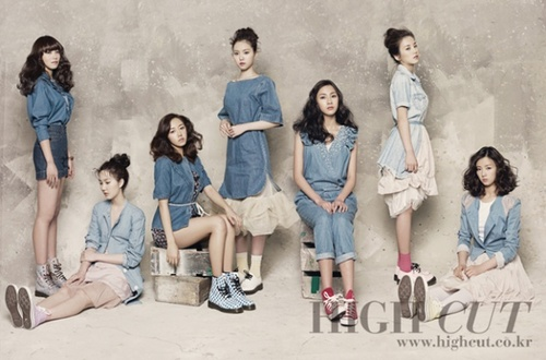 Korea Girls Group A Pink wallpaper probably with a bather called A PINK