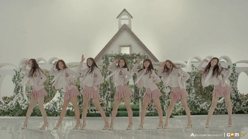 Korea Girls Group A Pink wallpaper called A PINK's I Don't Know MV Screencap