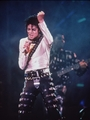 Bad Tour. - michael-jackson photo