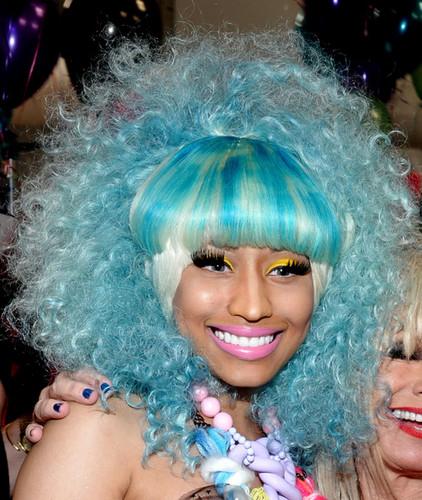 Nicki Minaj wallpaper titled Betsey Johnson Front Row Spring 2012 Mercedes-Benz Fashion Week