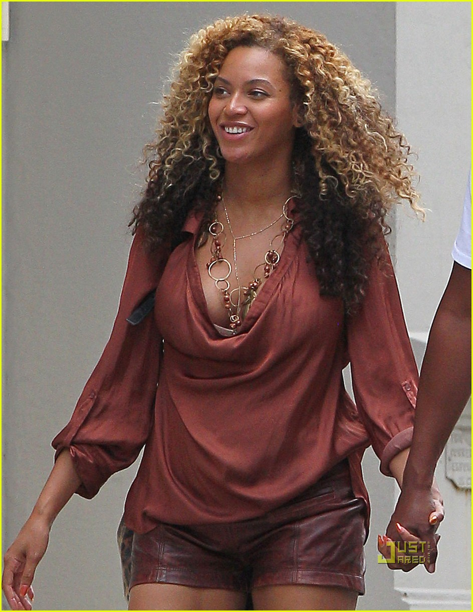 Beyonce beyonce &; jay-z in tribeca, new york (september 10th)