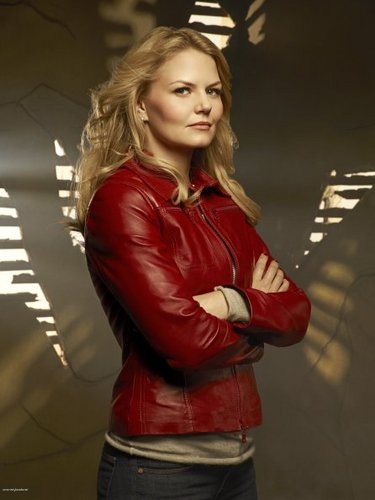 Cast - Promotional photo - Jennifer Morrison as Emma cygne