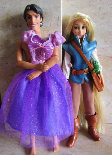 Flynn/Rapunzel switched outfit