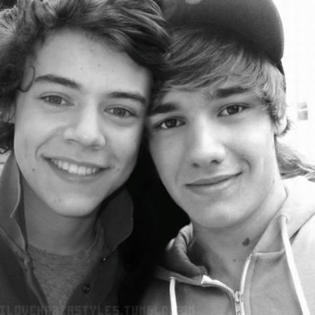@redteletubbie - Página 2 Harry-and-Liam-3-one-direction-25230218-449-449